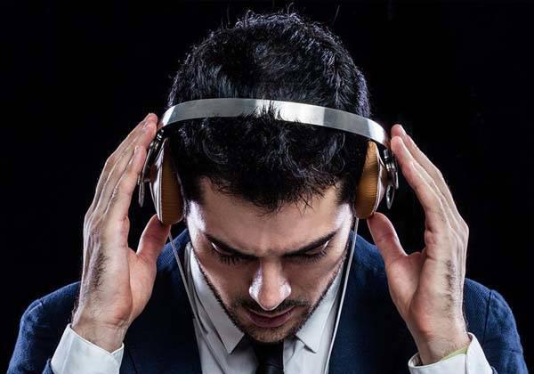 moshi_avanti_flagship_on_ear_headphones_342